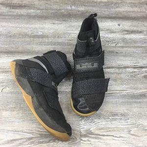 Nike LeBron Soldier 10 Black/Gum Hi-Top SZ 8